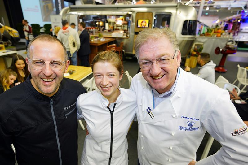 Roger Achterath (l.), Sarah Hornstein und Frank Schwarz sorgten für kulinarische Unterhaltung.