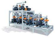 Vakuumsystem mit vier Schrauben-Vakuumpumpen als Vorpumpen