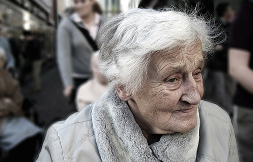Magnesium und Vitamin D verbessern kognitive Leistungen im Alter